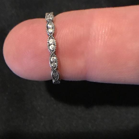 9b3aecacb2dfe Pandora Sparkling Leaves Stacking Ring